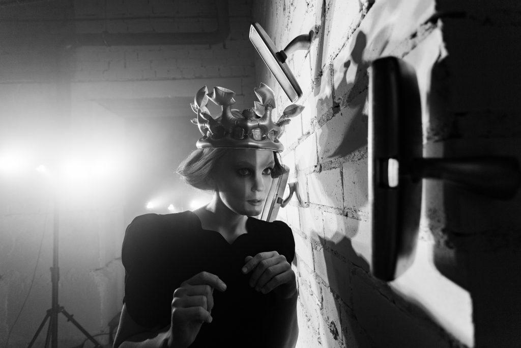 """Alytaus miesto teatro spektaklis """"SEEN"""". Režisierė Andra Kavaliauskaitė. Foto Povilas Jaras (Fotopo)"""