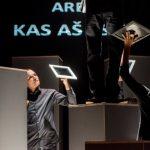 """Teatro laboratorijos """"Atviras ratas"""" spektaklis """"CV, ARBA KAS AŠ ESU"""" . © D.Matvejev"""