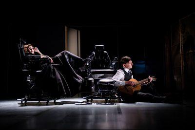 """Rusų dramos teatro 2 dalių komiška drama John Misto """"MADAM RUBINTEIN"""" (rež. Raimundas Banionis). © Laura Vansevičienė"""